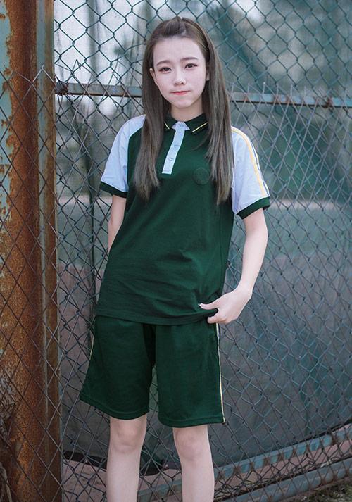 的初高中学生制服