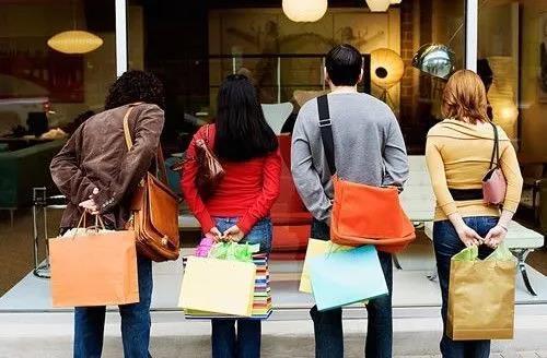 鞋服行业新零售变革大局来袭,谁能活得轻松?
